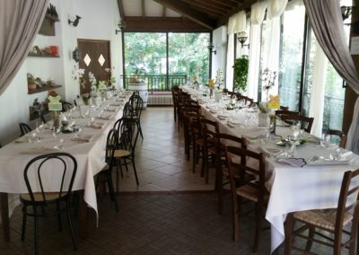 parco piscina di montombraro: party e feste private, sala ristorante